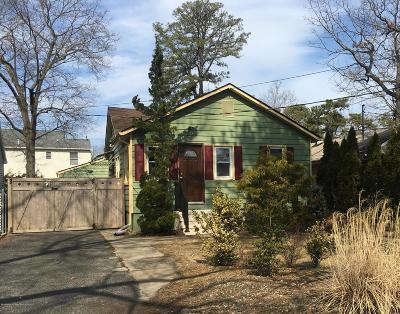 Brick Single Family Home For Sale: 12 Bayview Drive