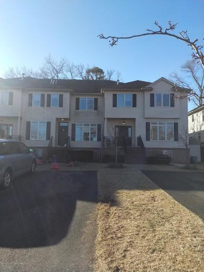 Lakewood Townhouse For Sale: 32 High Street