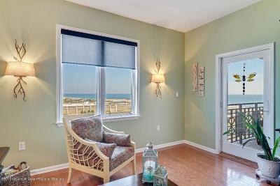 Asbury Park NJ Condo/Townhouse Under Contract: $694,900