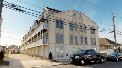 Seaside Heights Condo/Townhouse For Sale: 33 Sumner Avenue #5