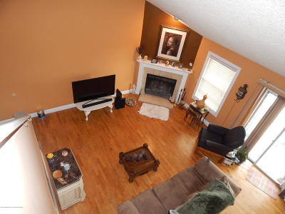 Toms River Condo/Townhouse Under Contract: 715 Waters Edge Drive