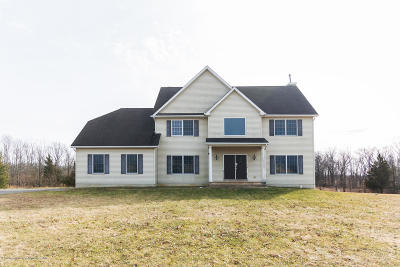 Monmouth County Single Family Home For Sale: 11 Cutter Court