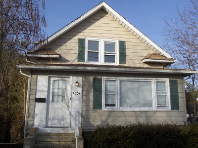 Single Family Home Continue To Show: 1609 Sewall Avenue
