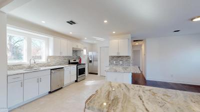 Brick Single Family Home For Sale: 530 New York Avenue