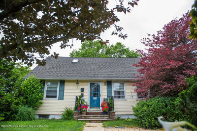 Spring Lake Single Family Home For Sale: 421 State Route 71