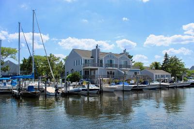 Point Pleasant Condo/Townhouse For Sale: 66 Bay Point Harbour