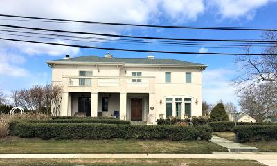 Monmouth County Single Family Home For Sale: 21 Lawrence Avenue