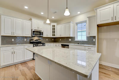 Whiting NJ Adult Community For Sale: $349,900