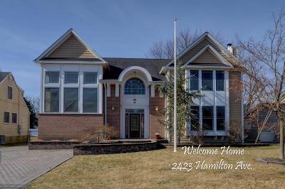 Spring Lake Single Family Home For Sale: 2423 Hamilton Avenue