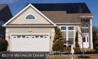 Manalapan Adult Community Under Contract: 172 Wintergreen Drive