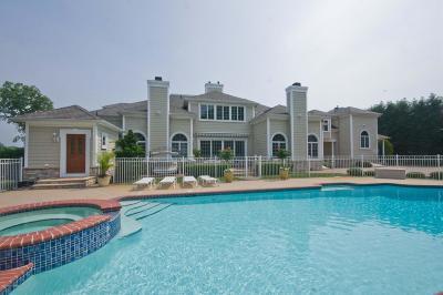 Spring Lake Single Family Home For Sale: 217 Lorraine Avenue