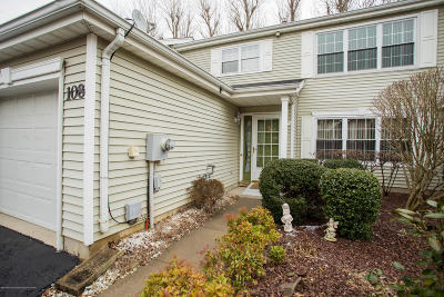 Freehold Condo/Townhouse For Sale: 108 Mimosa Lane