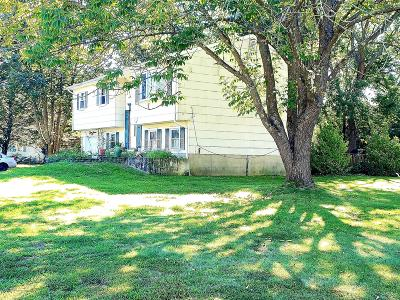 Lakewood Single Family Home For Sale: 1511 August Drive