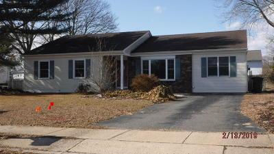 Toms River Single Family Home For Sale: 718 Vivian Drive
