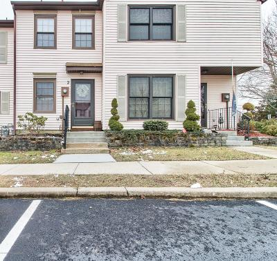 Monmouth County Condo/Townhouse For Sale: 2 King Charles Court