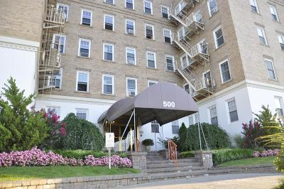 Asbury Park Condo/Townhouse Under Contract: 500 Deal Lake Drive #4B