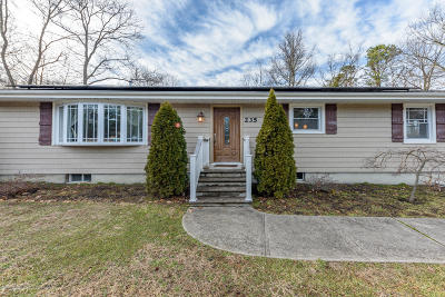 Eatontown Single Family Home For Sale: 235 Wyckoff Road