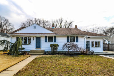 Eatontown Single Family Home For Sale: 360 Meadowbrook Avenue