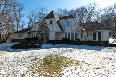 Holmdel Single Family Home Under Contract: 6 Wigwam Lane
