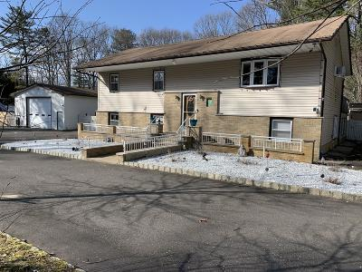 Monmouth County Single Family Home For Sale: 76 Paint Island Spring Road