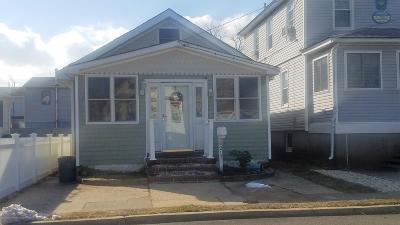 Seaside Heights Single Family Home For Sale: 217 Franklin Avenue
