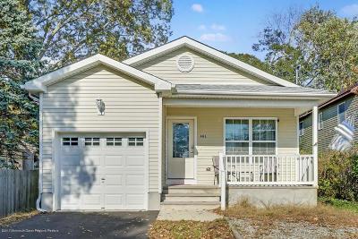 Toms River Single Family Home For Sale: 403 Elizabeth Avenue