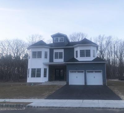 Eatontown NJ Single Family Home For Sale: $899,000