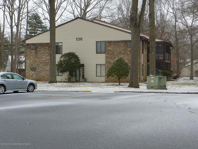Manalapan Adult Community For Sale: 136 Amberly Drive #H