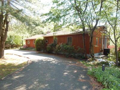 Holmdel NJ Single Family Home For Sale: $445,000