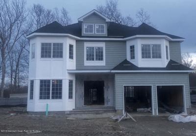 Eatontown NJ Single Family Home For Sale: $849,000