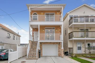 Keansburg Single Family Home For Sale: 26 Bay Avenue