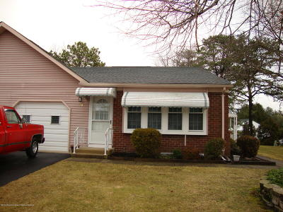 Crestwood 5, Crestwood 6, Crestwood 7, Crestwood Village 5, Crestwood Village 6 Adult Community For Sale: 7 B Kittery Court