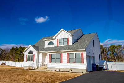 Toms River Single Family Home For Sale: 1862 Silverton Road
