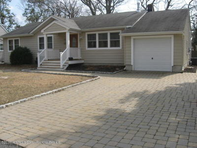 Point Pleasant Rental For Rent: 812 Woodwild Drive