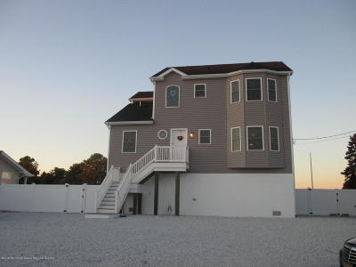 Toms River Single Family Home For Sale: 1856 Cable Drive