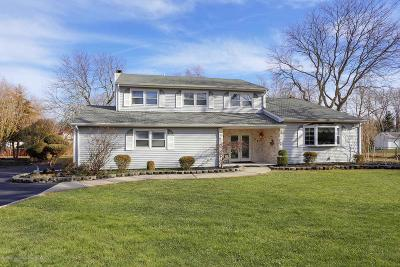 Freehold Single Family Home For Sale: 112 Heritage Drive