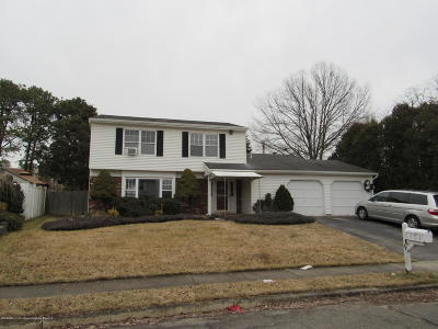 Howell Single Family Home For Sale: 44 Peachstone Road