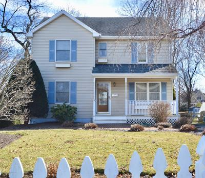 Little Silver Single Family Home Under Contract: 122 Markham Place