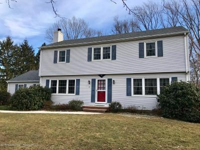 Holmdel Single Family Home Under Contract: 27 Winding Brook Way