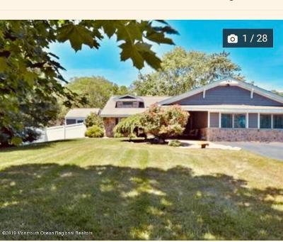 Freehold Single Family Home For Sale: 161 Townsend Drive