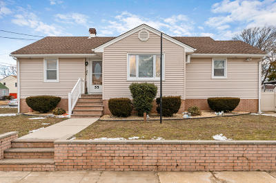 Keansburg Single Family Home Under Contract: 55 Terrace Place