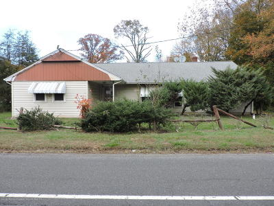 Monroe Single Family Home Under Contract: 841 W Route 33