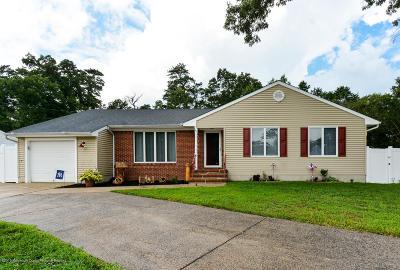 Beachwood Single Family Home For Sale: 246 Admiral Avenue
