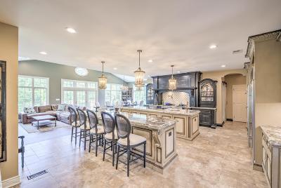 Marlboro Single Family Home For Sale: 77 Stevenson Drive