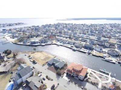 Toms River Single Family Home Under Contract: 353 Estate Point Road
