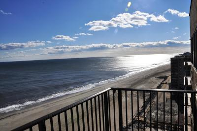 Monmouth County Condo/Townhouse For Sale: 55 Ocean Avenue #6G