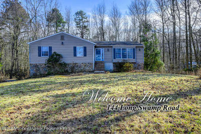 Single Family Home For Sale: 144 Long Swamp Road