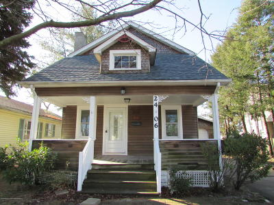 Point Pleasant Single Family Home For Sale: 2406 Herbertsville Road
