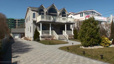 Long Branch Single Family Home For Sale: 268 Ocean Avenue