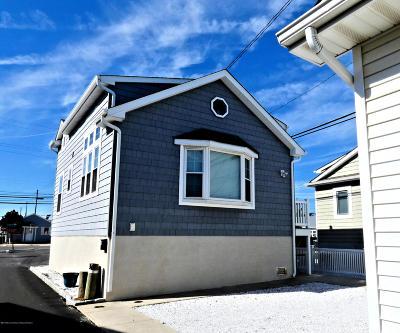 Lavallette Single Family Home For Sale: 30 E Sea Way